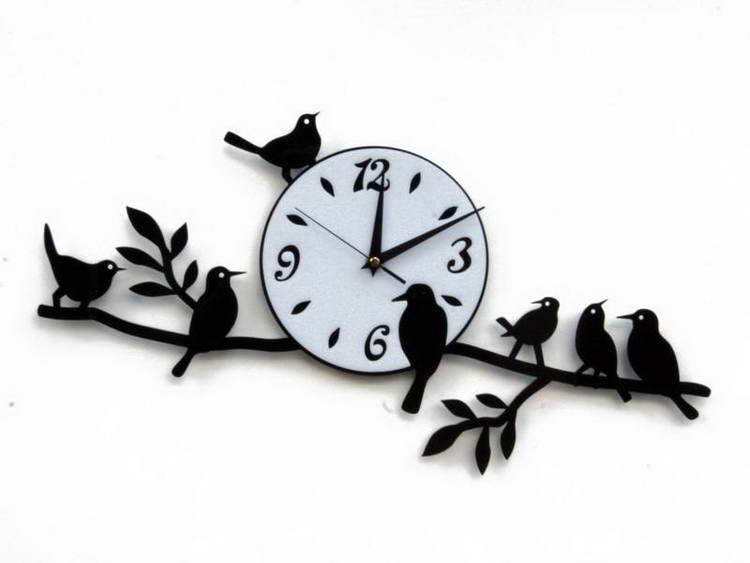 Оригинальные часы. В наше время невозможно представить себе жизнь без часов
